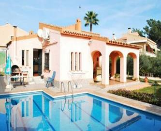 Mutxamel,Alicante,España,4 Bedrooms Bedrooms,2 BathroomsBathrooms,Chalets,17880