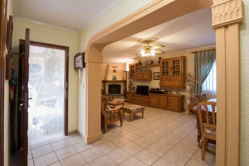 Valverde,Alicante,España,4 Bedrooms Bedrooms,2 BathroomsBathrooms,Chalets,17886