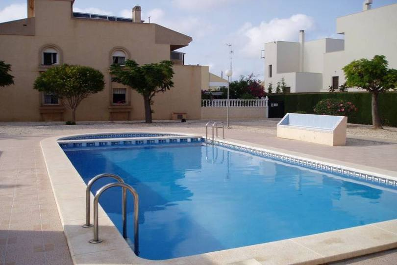 Torrevieja,Alicante,España,4 Bedrooms Bedrooms,2 BathroomsBathrooms,Chalets,17902