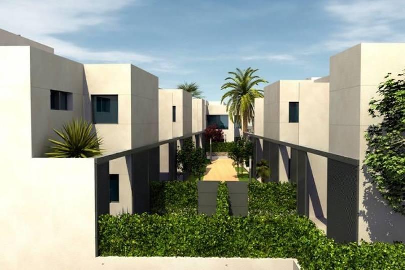 Torrevieja,Alicante,España,3 Bedrooms Bedrooms,3 BathroomsBathrooms,Chalets,17911