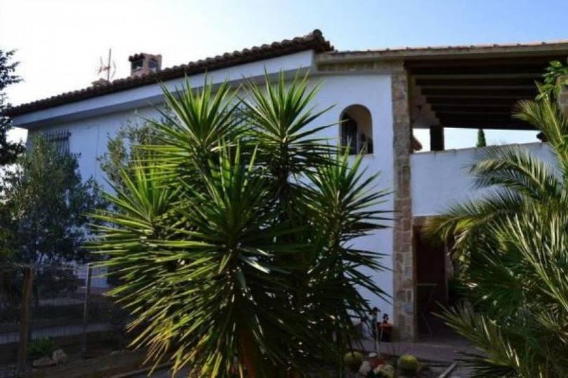 San Vicente del Raspeig,Alicante,España,4 Bedrooms Bedrooms,2 BathroomsBathrooms,Chalets,18017