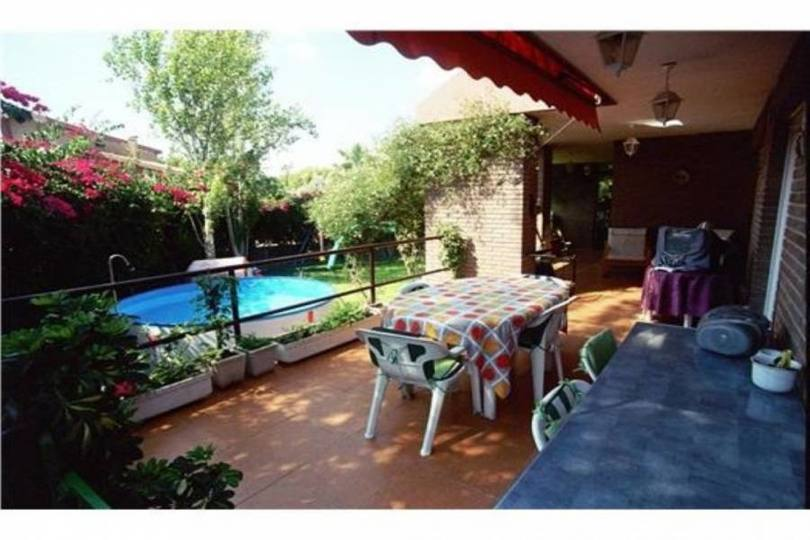 Mutxamel,Alicante,España,4 Bedrooms Bedrooms,4 BathroomsBathrooms,Chalets,18036