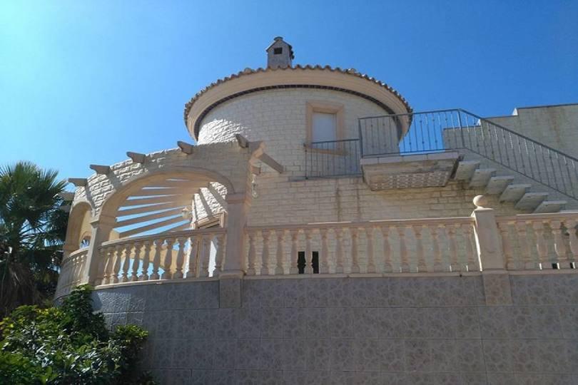 San Vicente del Raspeig,Alicante,España,5 Bedrooms Bedrooms,3 BathroomsBathrooms,Chalets,18038