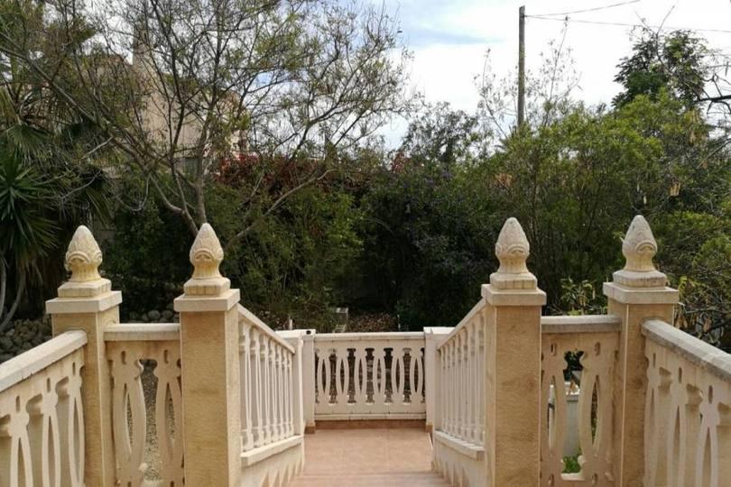 Mutxamel,Alicante,España,3 Bedrooms Bedrooms,2 BathroomsBathrooms,Chalets,18048