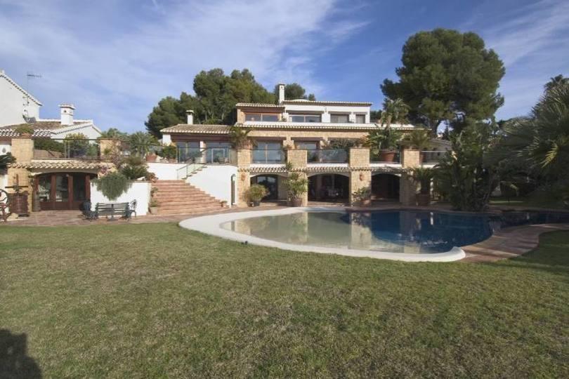 Moraira,Alicante,España,4 Bedrooms Bedrooms,4 BathroomsBathrooms,Chalets,18059