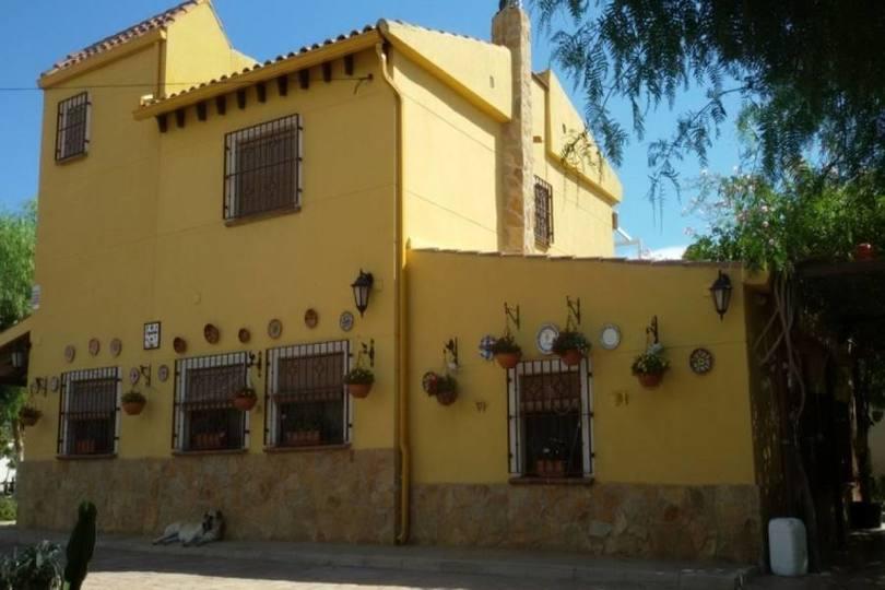 San Vicente del Raspeig,Alicante,España,4 Bedrooms Bedrooms,3 BathroomsBathrooms,Chalets,18103