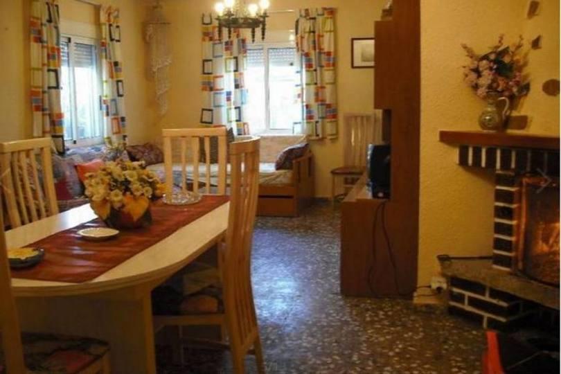 San Vicente del Raspeig,Alicante,España,5 Bedrooms Bedrooms,2 BathroomsBathrooms,Chalets,18104