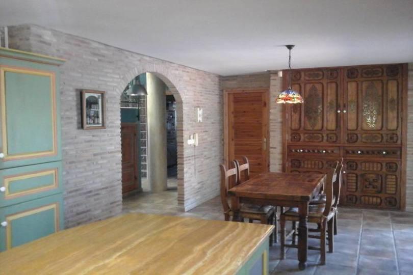 Mutxamel,Alicante,España,5 Bedrooms Bedrooms,1 BañoBathrooms,Chalets,18123