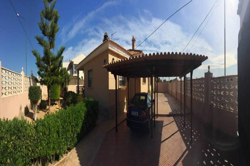 San Vicente del Raspeig,Alicante,España,3 Bedrooms Bedrooms,2 BathroomsBathrooms,Chalets,18886