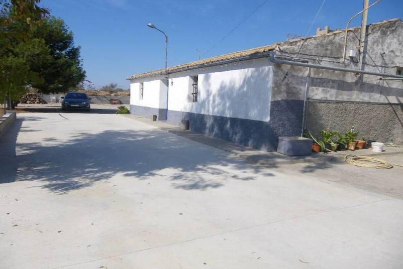 Alicante,Alicante,España,3 Bedrooms Bedrooms,1 BañoBathrooms,Chalets,18887