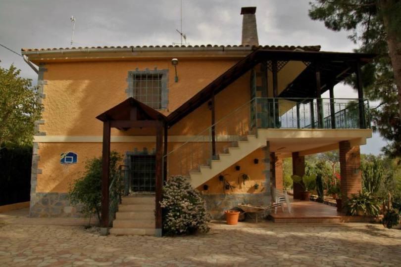San Vicente del Raspeig,Alicante,España,5 Bedrooms Bedrooms,2 BathroomsBathrooms,Chalets,18889