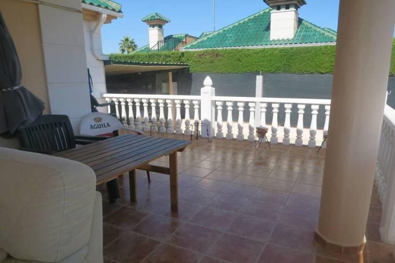 Elche,Alicante,España,5 Bedrooms Bedrooms,3 BathroomsBathrooms,Chalets,18894