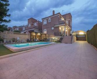 Elche,Alicante,España,5 Bedrooms Bedrooms,2 BathroomsBathrooms,Chalets,18906