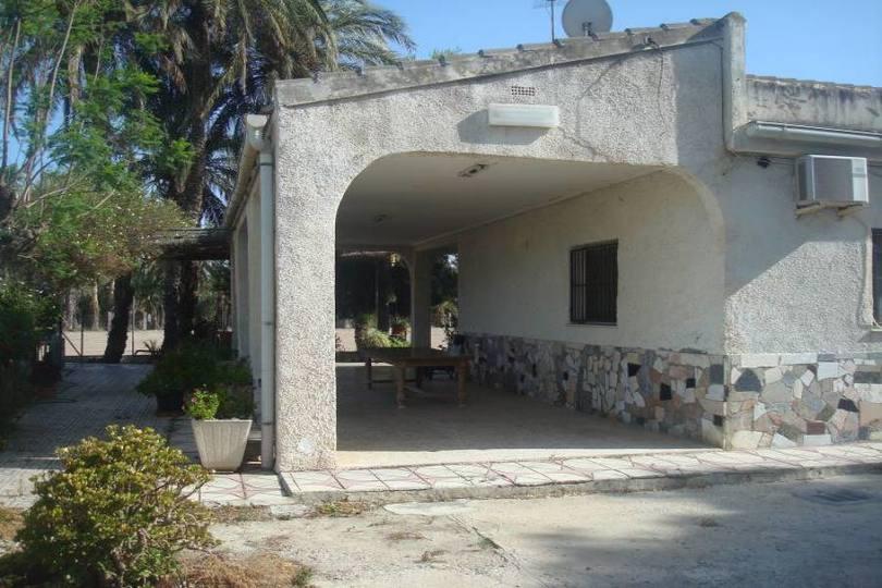 Elche,Alicante,España,3 Bedrooms Bedrooms,2 BathroomsBathrooms,Chalets,18910