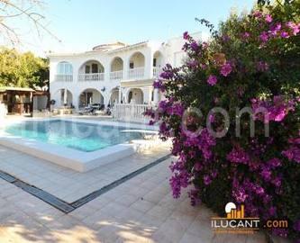 Busot,Alicante,España,4 Bedrooms Bedrooms,4 BathroomsBathrooms,Chalets,18946
