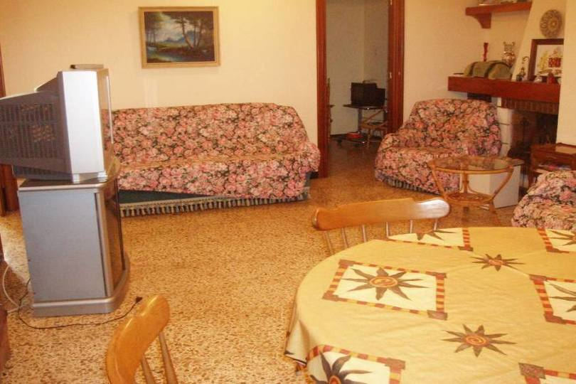 Elche,Alicante,España,6 Bedrooms Bedrooms,2 BathroomsBathrooms,Chalets,18959