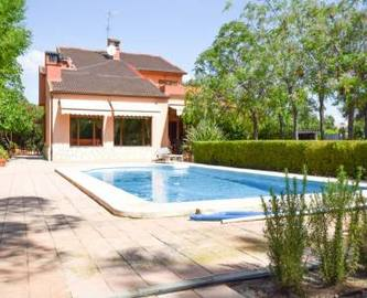 Elche,Alicante,España,6 Bedrooms Bedrooms,2 BathroomsBathrooms,Chalets,18969