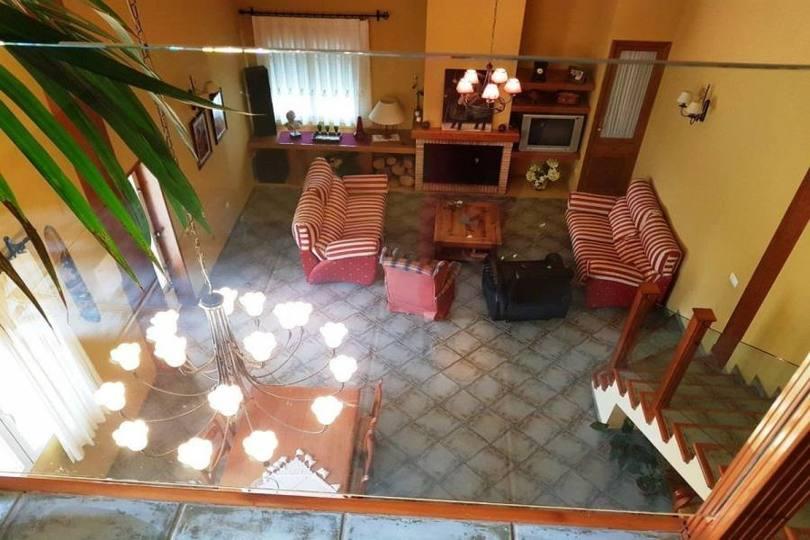 Villena,Alicante,España,4 Bedrooms Bedrooms,2 BathroomsBathrooms,Chalets,19007