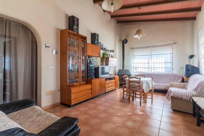 Elche,Alicante,España,3 Bedrooms Bedrooms,2 BathroomsBathrooms,Chalets,19026