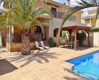 Mutxamel,Alicante,España,4 Bedrooms Bedrooms,2 BathroomsBathrooms,Chalets,19043
