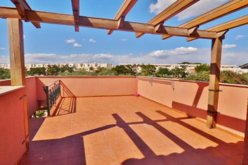 Alicante,Alicante,España,4 Bedrooms Bedrooms,2 BathroomsBathrooms,Chalets,19044