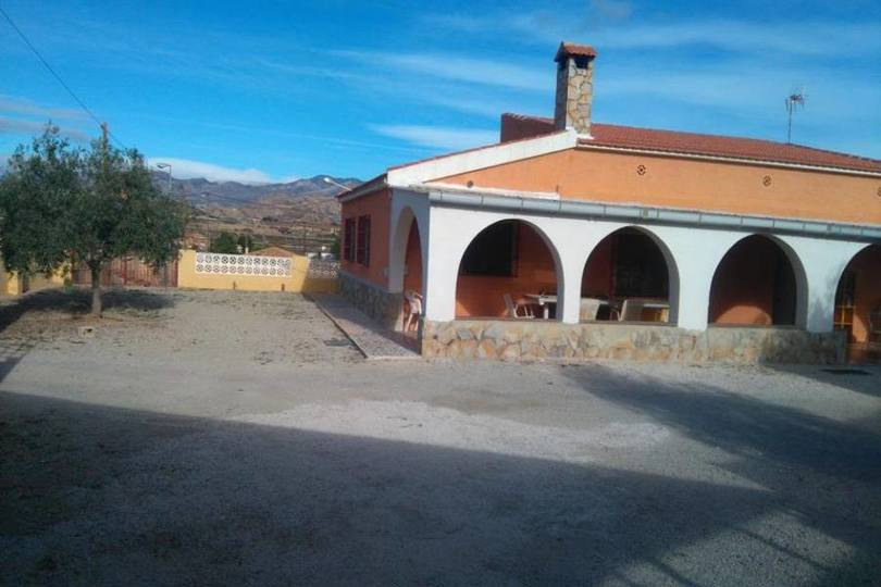 San Vicente del Raspeig,Alicante,España,4 Bedrooms Bedrooms,1 BañoBathrooms,Chalets,19046