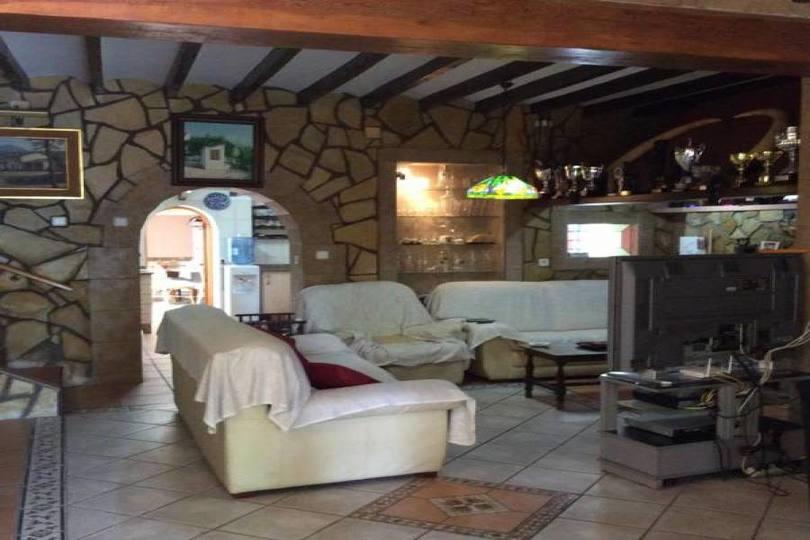 Alfaz del Pi,Alicante,España,3 Bedrooms Bedrooms,2 BathroomsBathrooms,Chalets,19051