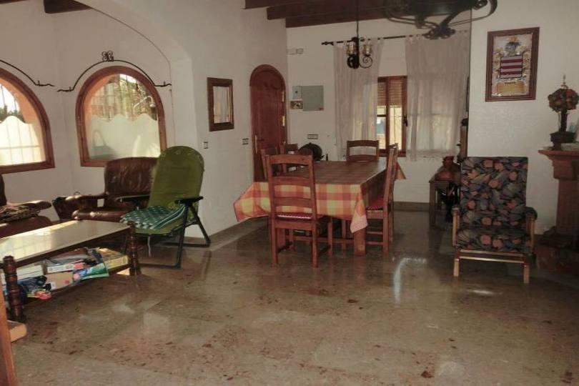 Alfaz del Pi,Alicante,España,4 Bedrooms Bedrooms,2 BathroomsBathrooms,Chalets,19055