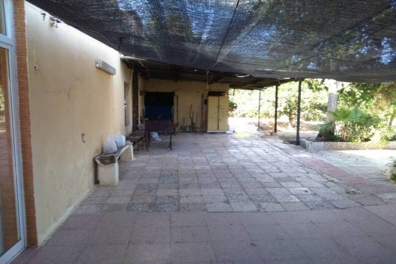 Elche,Alicante,España,3 Bedrooms Bedrooms,1 BañoBathrooms,Chalets,19070