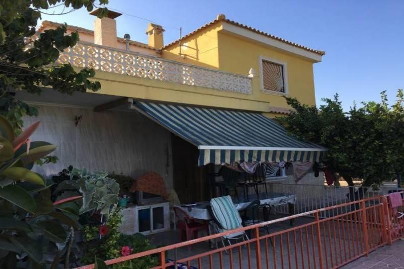 Elche,Alicante,España,9 Bedrooms Bedrooms,4 BathroomsBathrooms,Chalets,19087