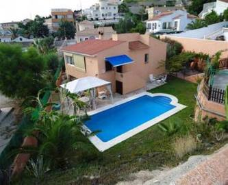 Alicante,Alicante,España,3 Bedrooms Bedrooms,2 BathroomsBathrooms,Chalets,19099