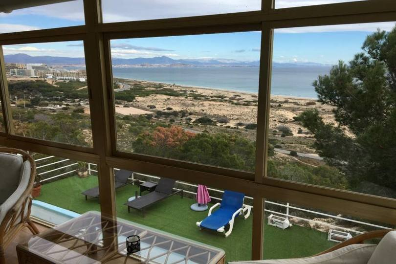 Santa Pola,Alicante,España,4 Bedrooms Bedrooms,4 BathroomsBathrooms,Chalets,19111
