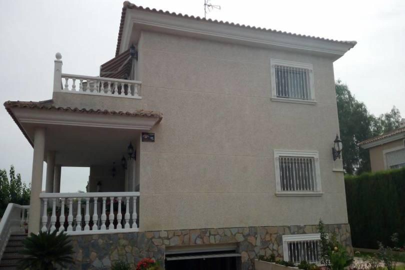 San Vicente del Raspeig,Alicante,España,5 Bedrooms Bedrooms,2 BathroomsBathrooms,Chalets,19136