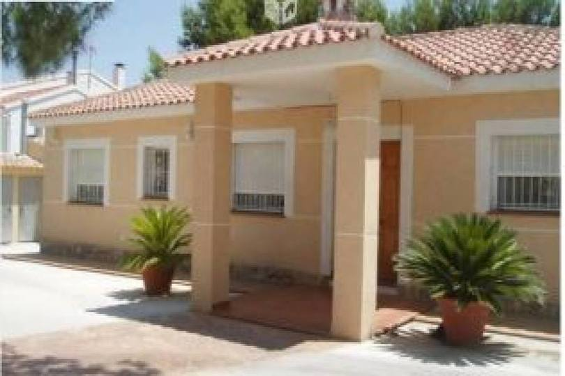Alicante,Alicante,España,4 Bedrooms Bedrooms,2 BathroomsBathrooms,Chalets,19147