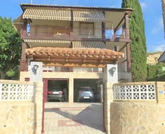 el Campello,Alicante,España,6 Bedrooms Bedrooms,2 BathroomsBathrooms,Chalets,19175