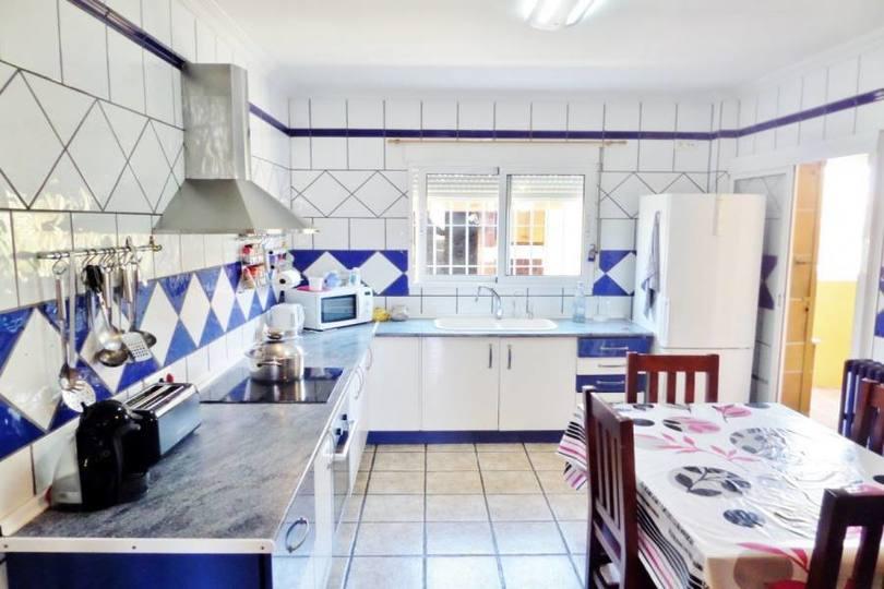San Vicente del Raspeig,Alicante,España,7 Bedrooms Bedrooms,3 BathroomsBathrooms,Chalets,19202