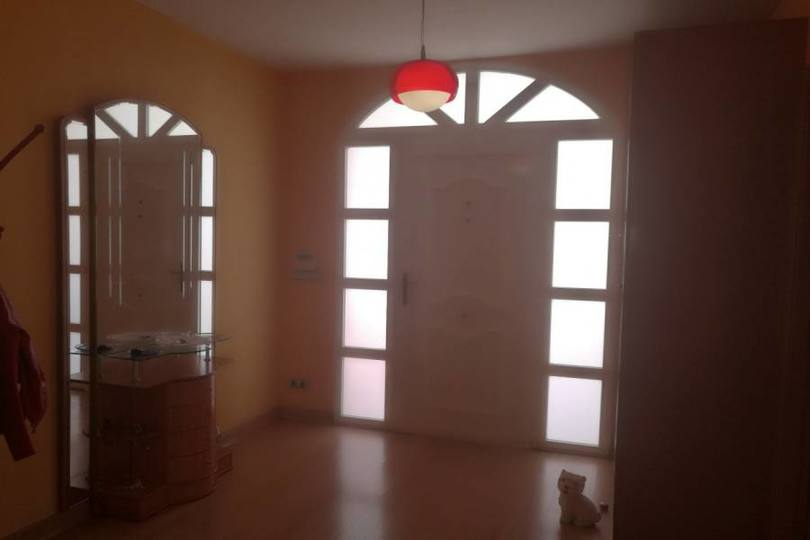 La Nucia,Alicante,España,3 Bedrooms Bedrooms,2 BathroomsBathrooms,Chalets,19208