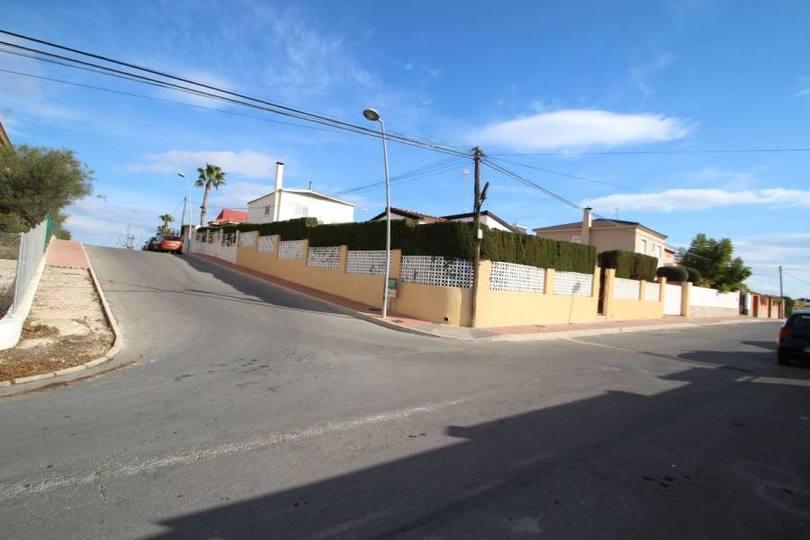 Torrevieja,Alicante,España,3 Bedrooms Bedrooms,2 BathroomsBathrooms,Chalets,19218