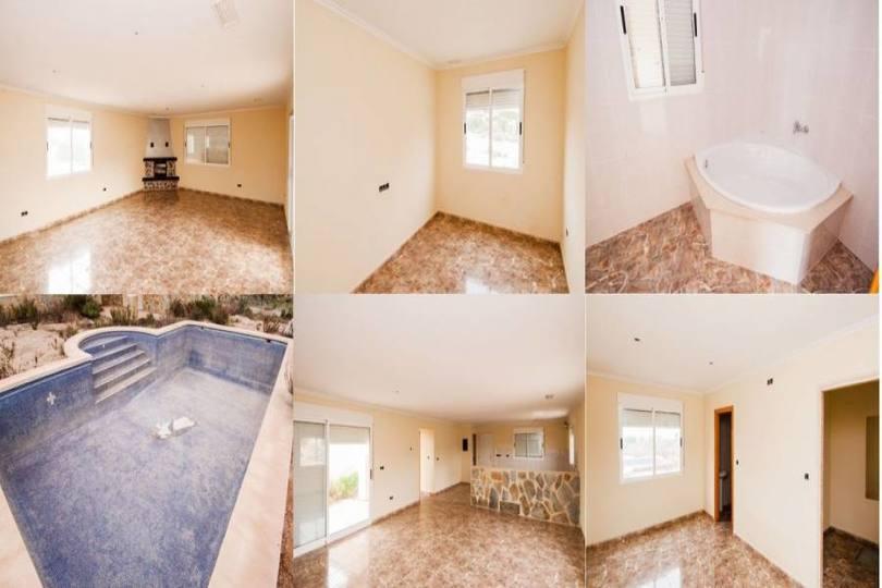 Albatera,Alicante,España,3 Bedrooms Bedrooms,2 BathroomsBathrooms,Chalets,19253