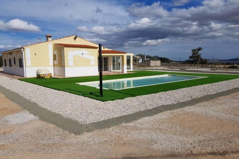 La Romana,Alicante,España,3 Bedrooms Bedrooms,2 BathroomsBathrooms,Chalets,19258