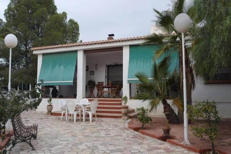 San Vicente del Raspeig,Alicante,España,4 Bedrooms Bedrooms,2 BathroomsBathrooms,Chalets,19275