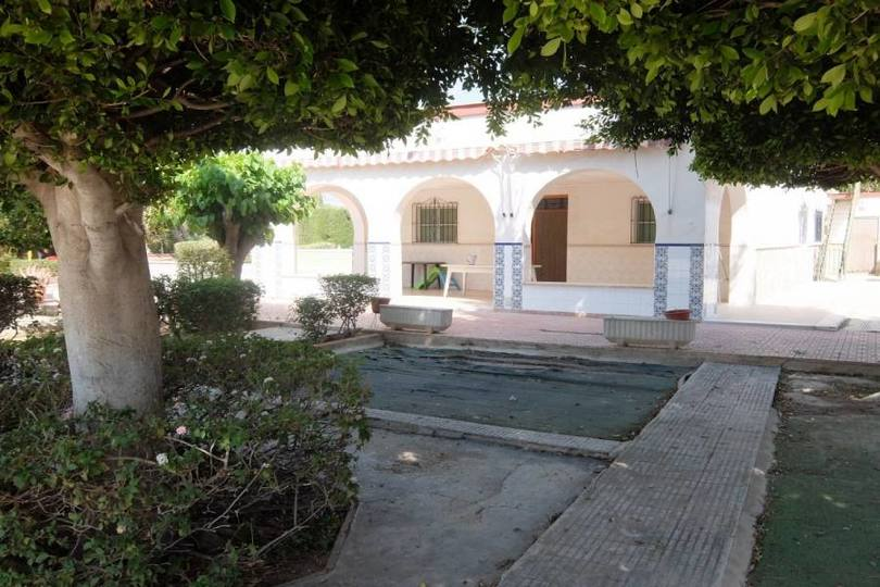Elche,Alicante,España,5 Bedrooms Bedrooms,2 BathroomsBathrooms,Chalets,19283