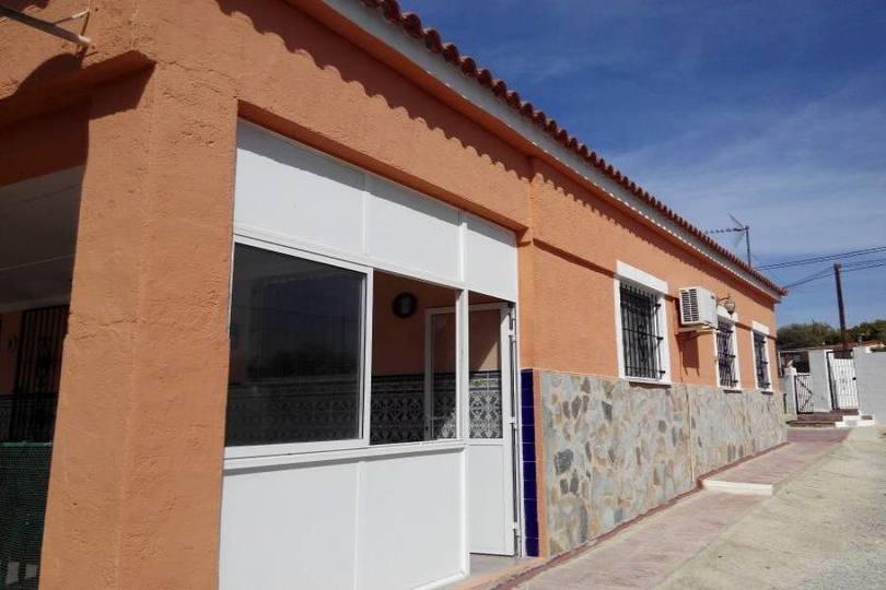 Alicante,Alicante,España,4 Bedrooms Bedrooms,2 BathroomsBathrooms,Chalets,19292
