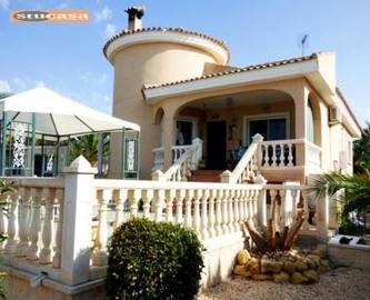 Busot,Alicante,España,3 Bedrooms Bedrooms,2 BathroomsBathrooms,Chalets,19314