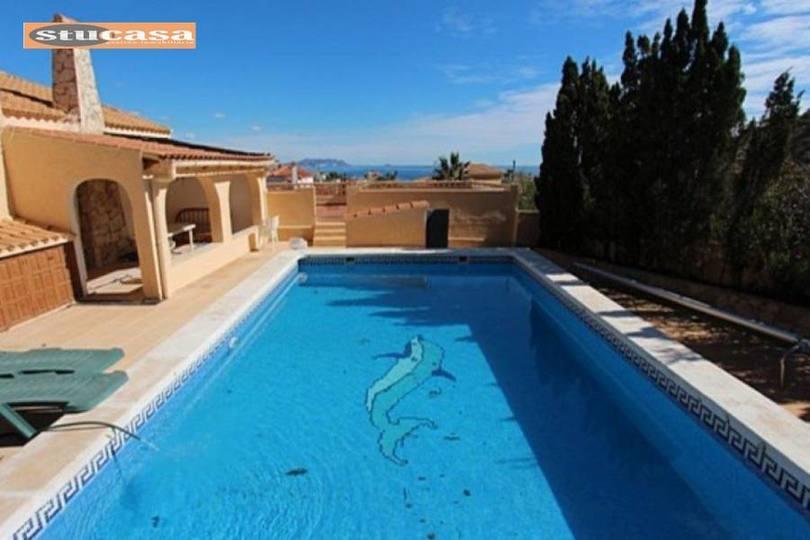 el Campello,Alicante,España,4 Bedrooms Bedrooms,3 BathroomsBathrooms,Chalets,19323
