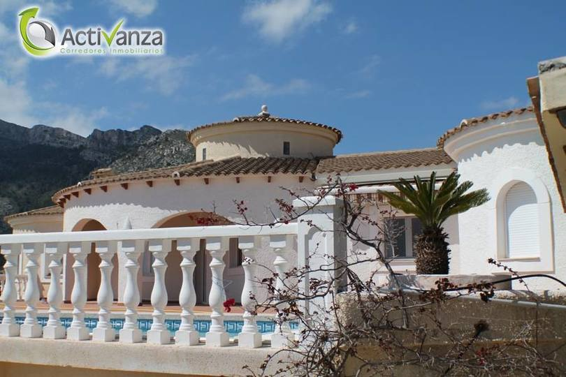 Altea,Alicante,España,6 Bedrooms Bedrooms,5 BathroomsBathrooms,Chalets,19434
