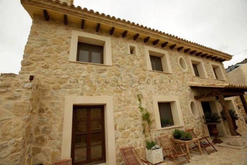 Alicante,Alicante,España,5 Bedrooms Bedrooms,4 BathroomsBathrooms,Chalets,19435