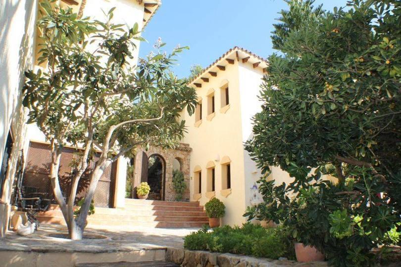 Altea,Alicante,España,8 Bedrooms Bedrooms,6 BathroomsBathrooms,Chalets,19490