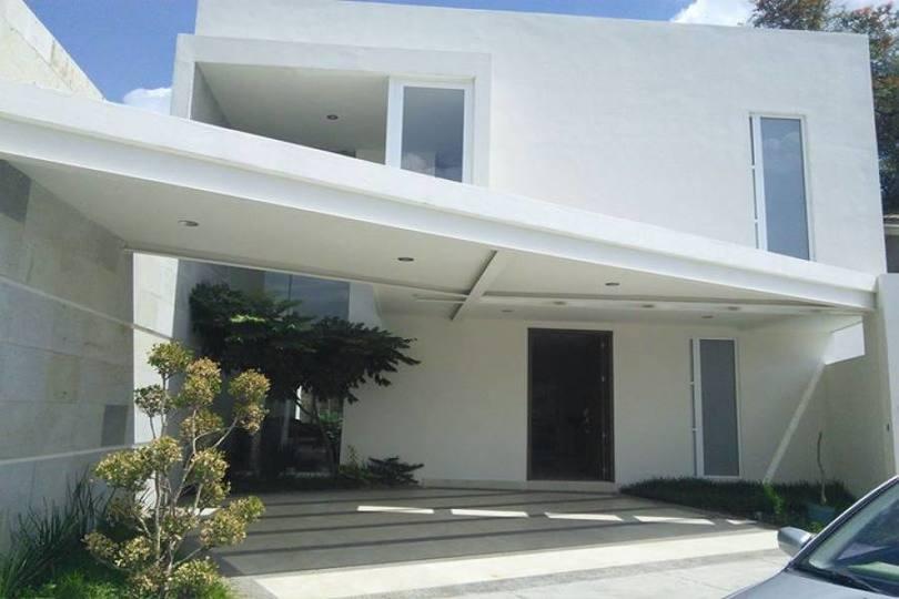 León,Guanajuato,México,3 Habitaciones Habitaciones,3 BañosBaños,Casas,PUNTA DEL ESTE,2727