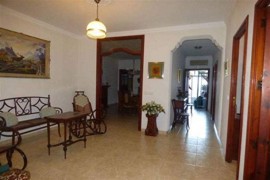 Pedreguer,Alicante,España,5 Bedrooms Bedrooms,4 BathroomsBathrooms,Casas de pueblo,20597